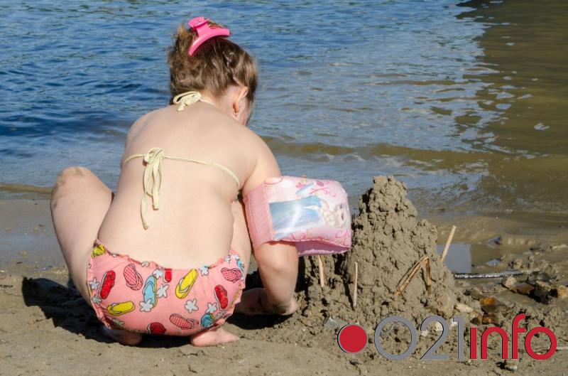 Dečije takmičenje u pravljenju dvoraca od peska na Štrand Summer Festu